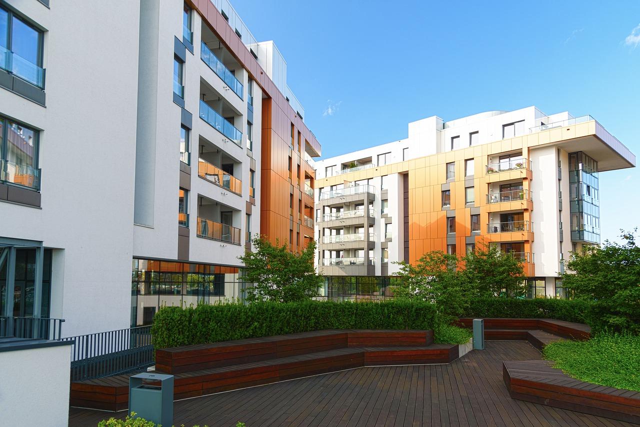 modern-building-4971219_1280