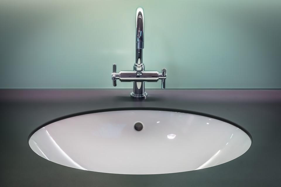 bathroom-1851566_960_720