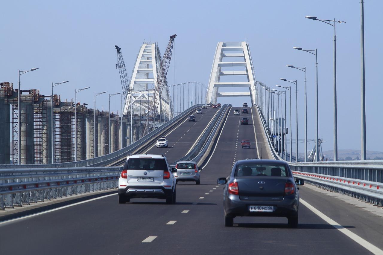 bridge-3774004_1280
