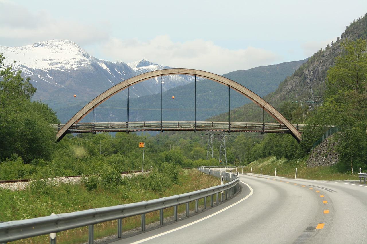 bridge-4685373_1280