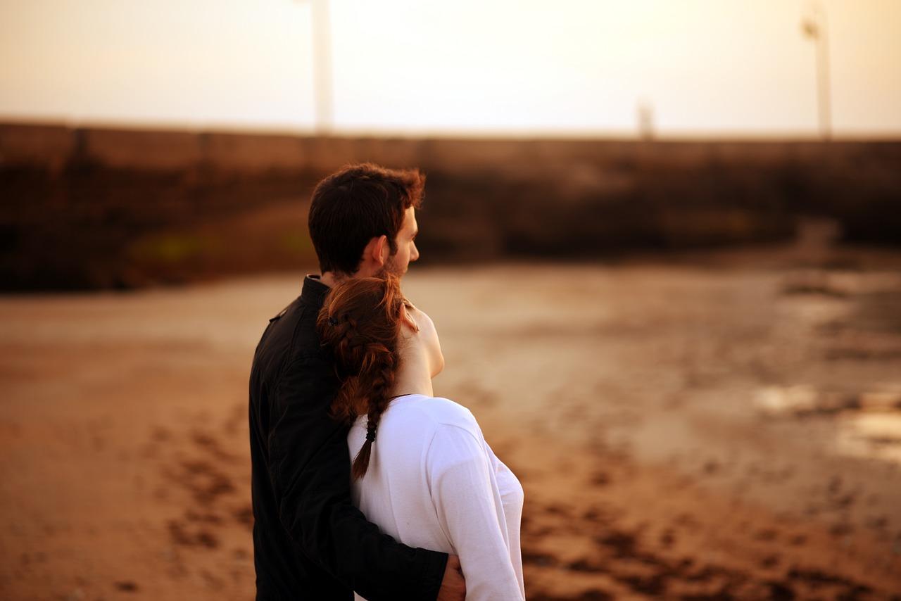 couple-5385843_1280