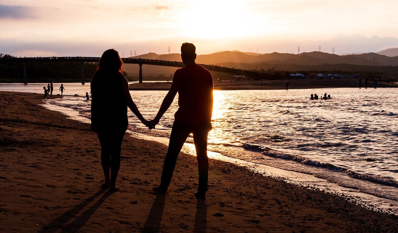 couple-6045677_1280
