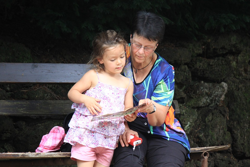 grandma-1421329_960_720