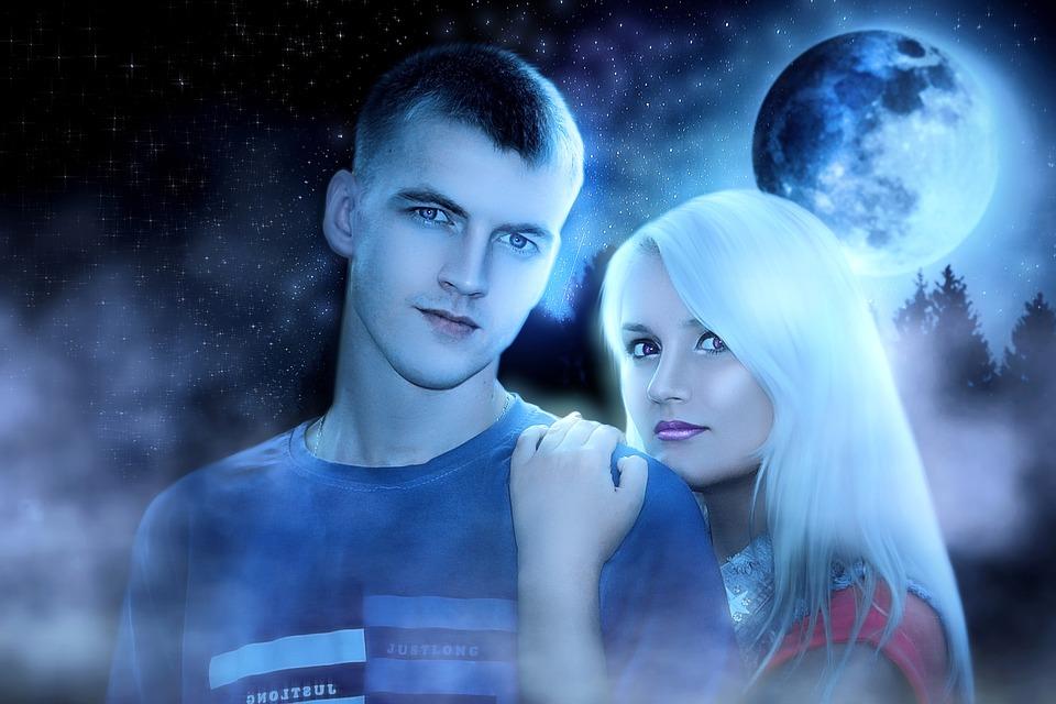 couple-3613379_960_720