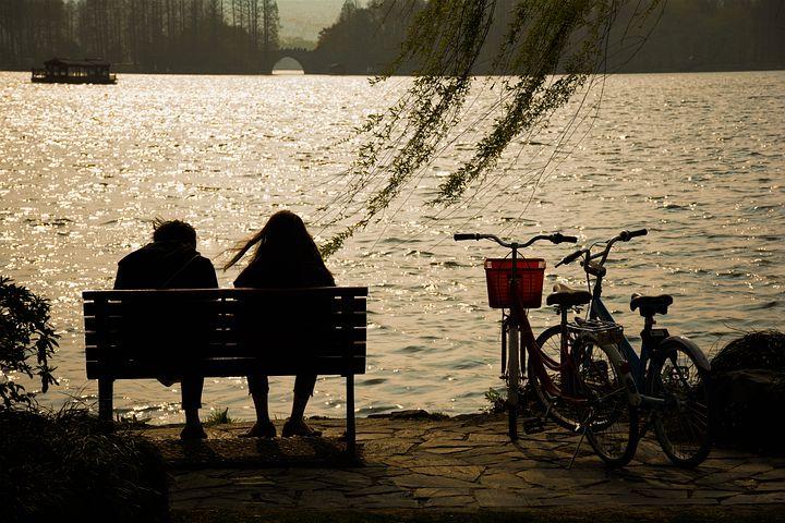 couple-5650863__480