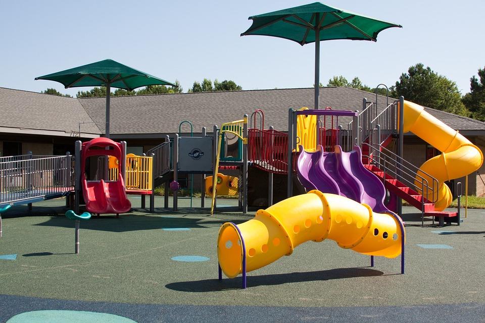 playground-99509_960_720