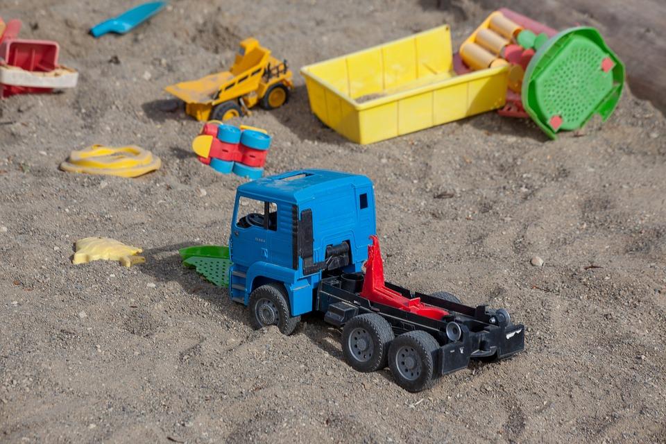 sand-pit-3444517_960_720