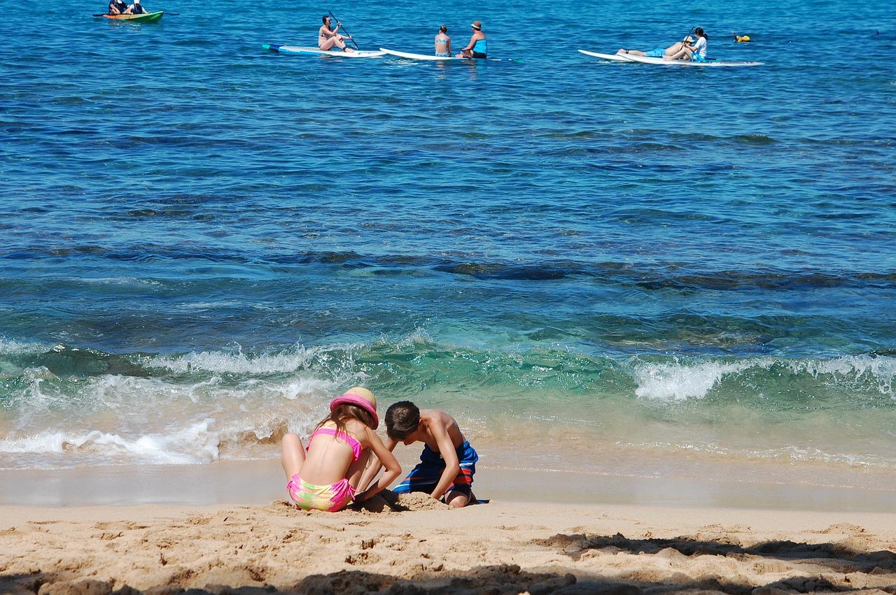 beach-1921378_1280