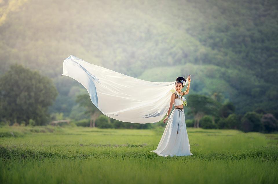 bride-1822488_960_720