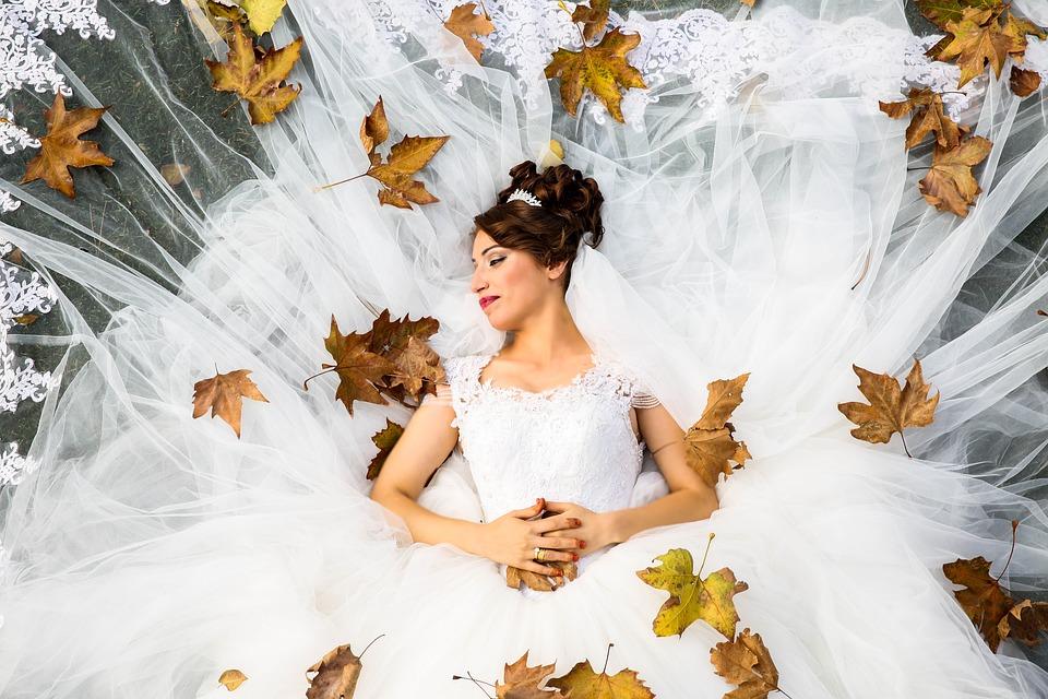 bride-1874655_960_720