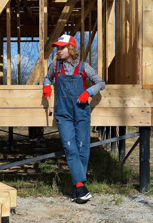 builders-5181487_960_720