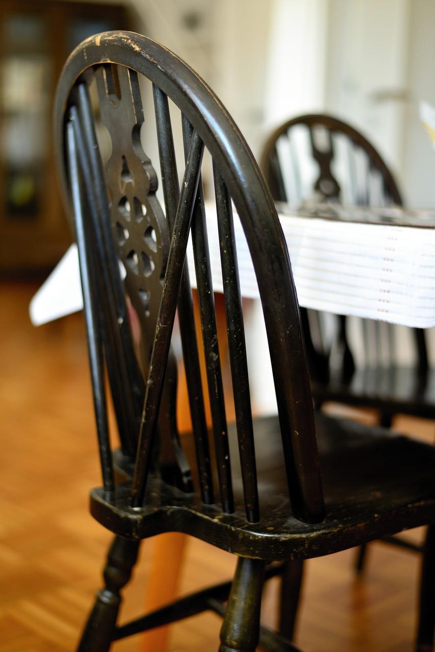 chair-4019131_1280