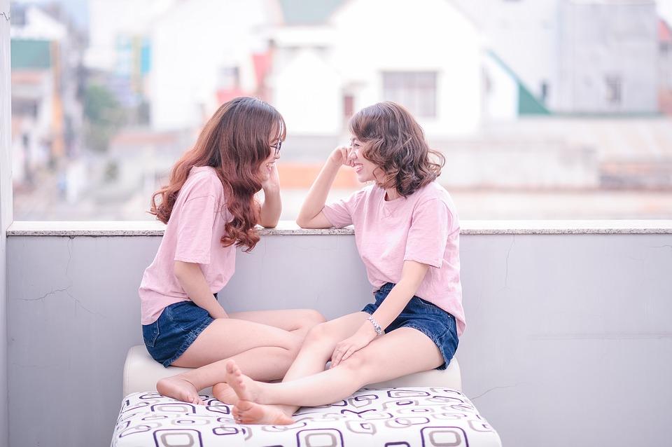 girl-1733357_960_720
