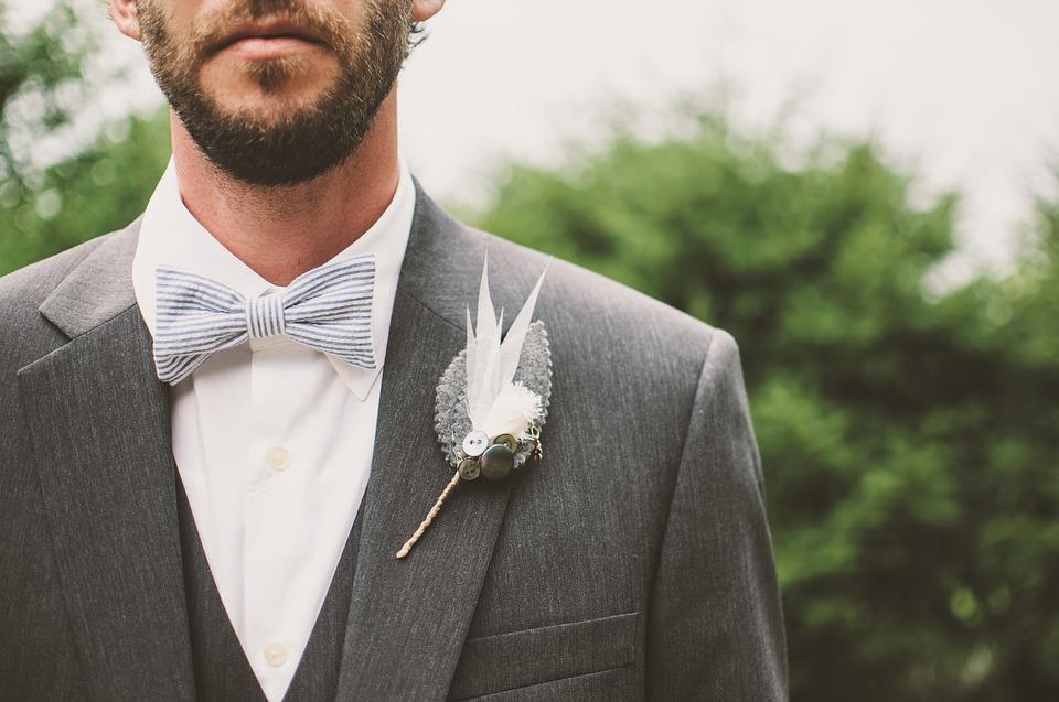 groom-1850932_960_720