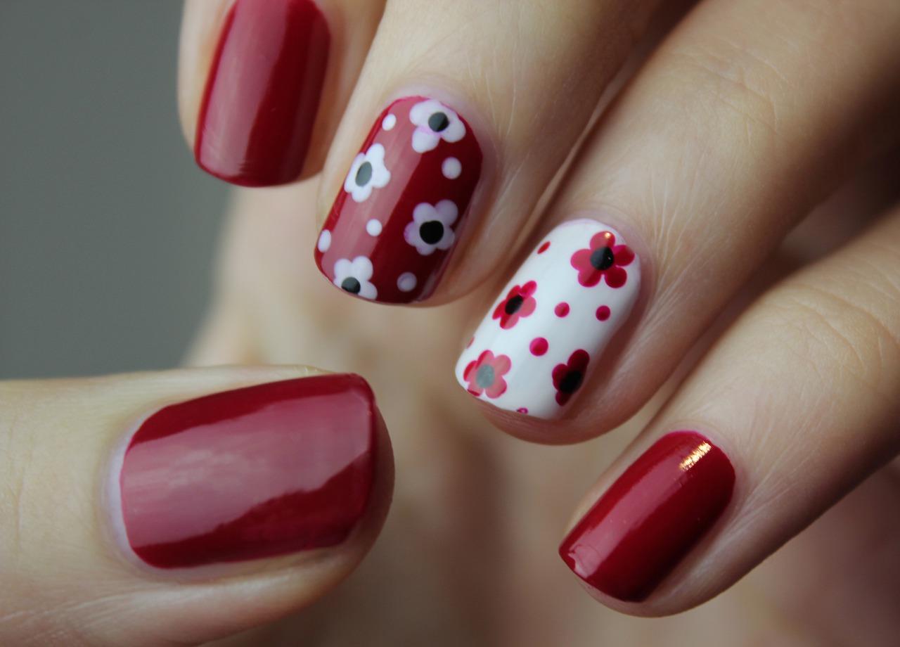 nail-art-5653459_1280