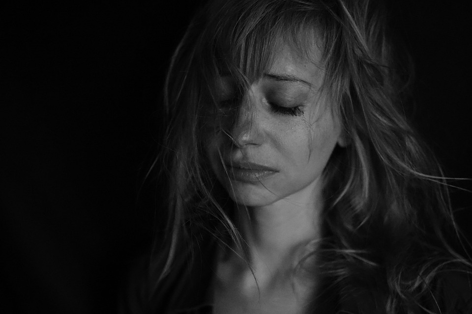 sadness-4578031_960_720