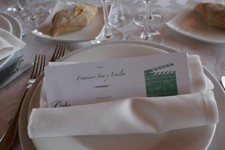 wedding-banquet-230195_960_720