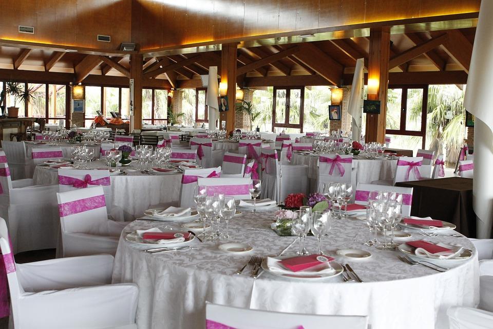 wedding-banquet-230196_960_720