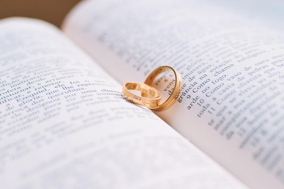 wedding-rings-1284225_960_720