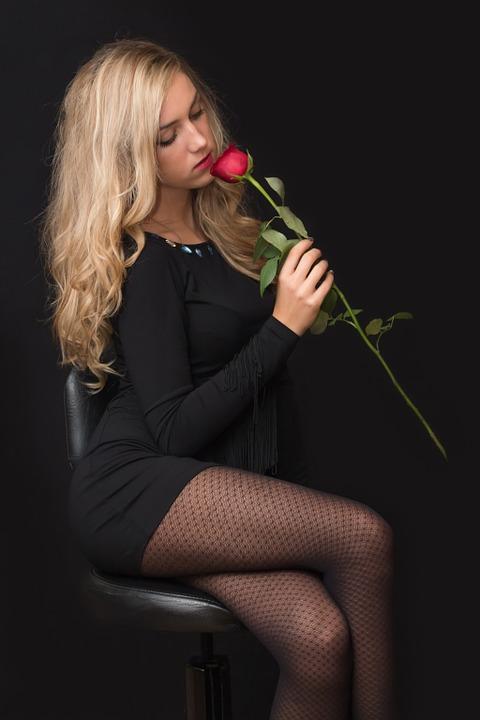 girl-559307_960_720