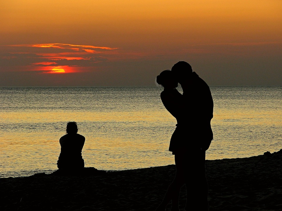 lovers-1468523_960_720