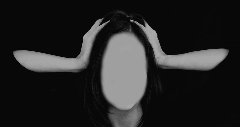 woman-2696386_960_720