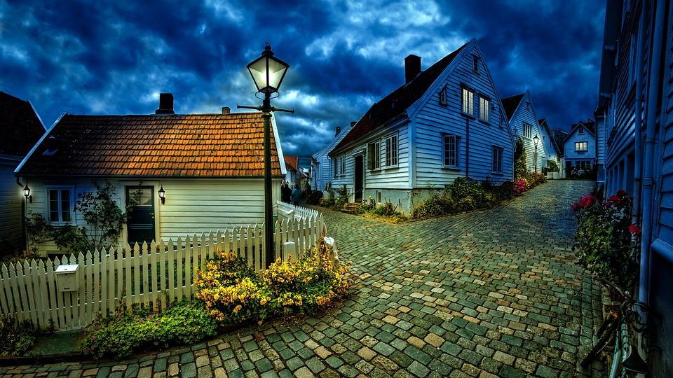 little-houses-1149379_960_720