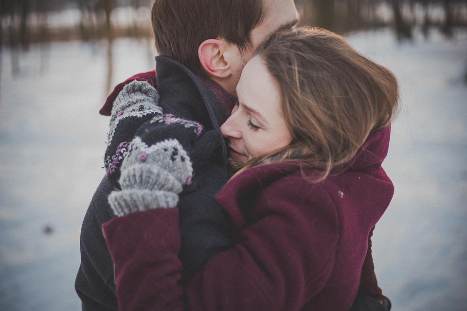couple-1209046_960_720