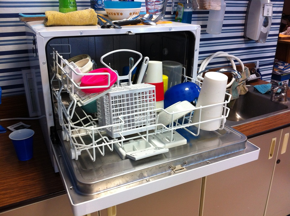 dishwasher-526358_960_720